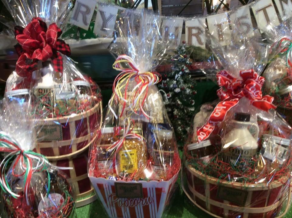 Christmas Decor Gift Basket